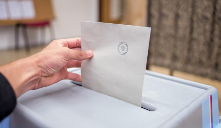 Poprvé k volbám? V Liberci jdou mladým naproti