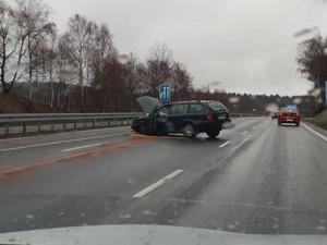 Havárie osobního automobilu u Jeřmanic