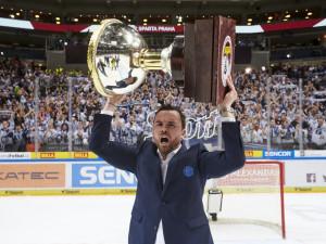 Filip Pešán s Prezidentským pohárem.