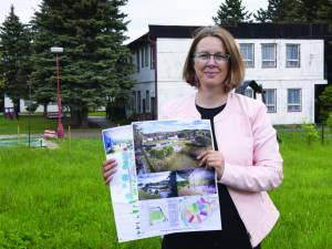 Starostka Semil Lena Mlejnková s návrhem nové školky.