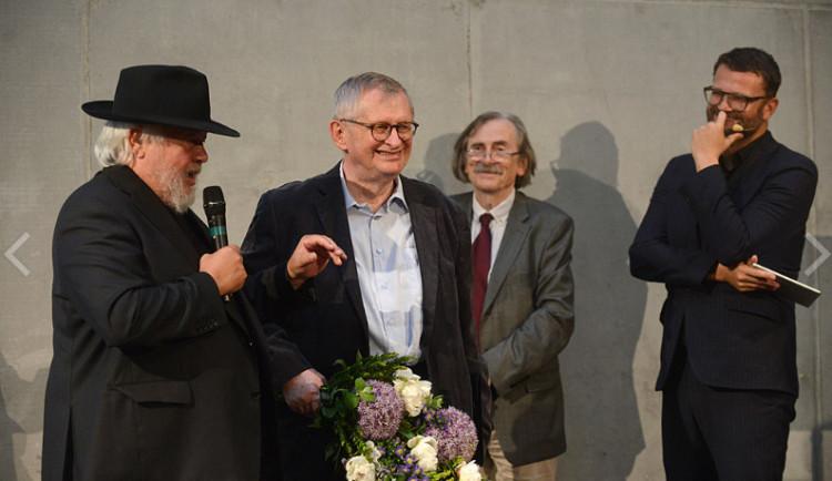 První děkan Fakulty architektury byl oceněn Českou komorou architektů