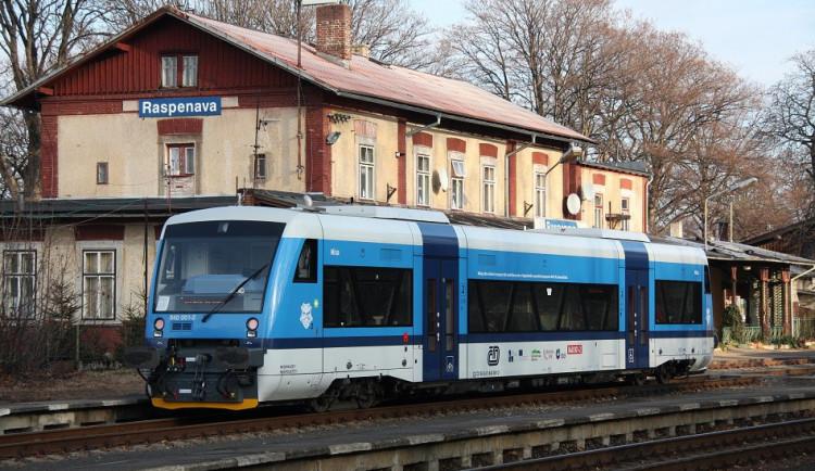 Oblíbený turistický vlak k Mácháči vyjede letos poprvé přesně za týden