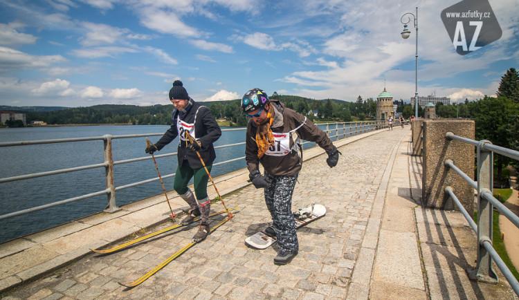 FOTO: Prasoloppet u jablonecké přehrady opět nezklamal, sranda musí bejt