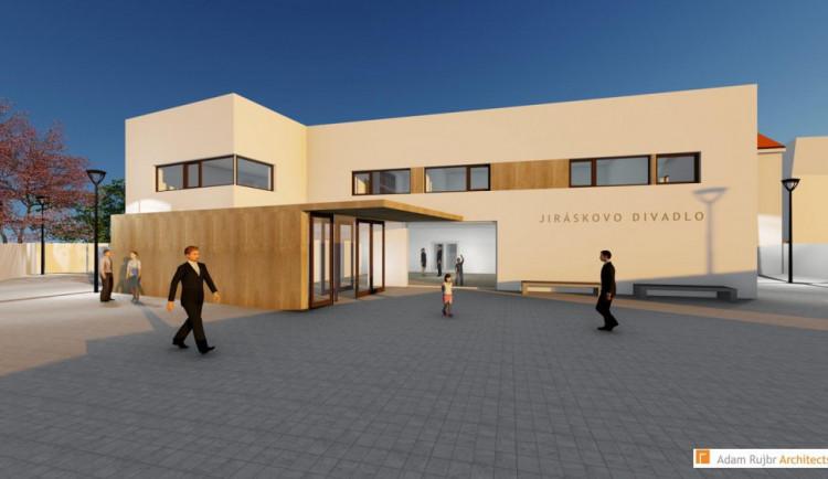 Rekonstrukce Jiráskova divadla je zas o krok blíž