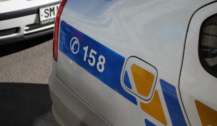 Teprve osmnáctiletý mladík má už zákaz řízení, to mu v jízdě ale nezabránilo