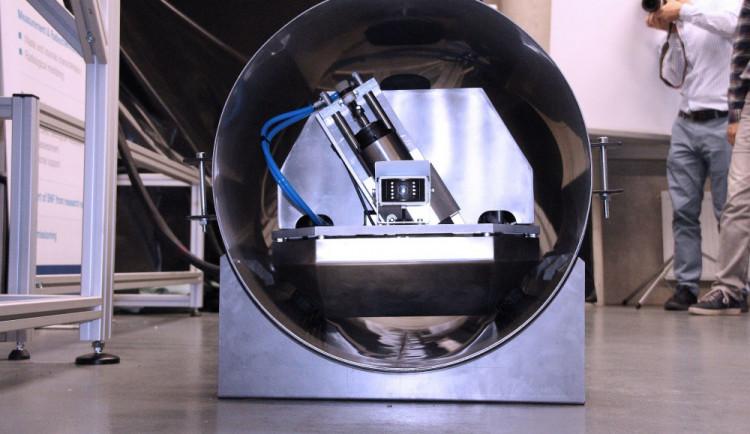 Robot z Liberce umí pracovat v radioaktivním prostředí reaktoru