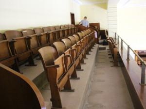 I galerie zasedacího sálu se dočká opravy.