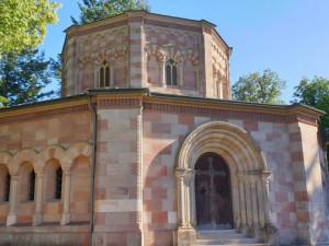 Harrachovská hrobka