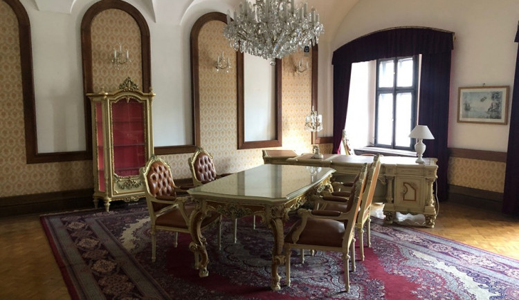 FOTO: Město uvažuje o koupi zámku. Hledá se využití, mohl by tam být Anifilm
