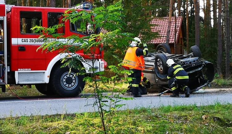 FOTO: Během pár minut dvě nehody necelé dva kilometry od sebe