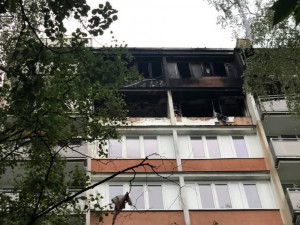 Dům po výbuchu.