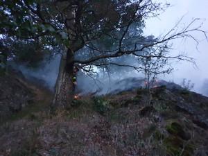 Hasič zasahují u požáru