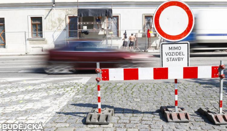 Dopravu v Novém Boru od pondělí zkomplikuje uzavírka ve Skalické ulici