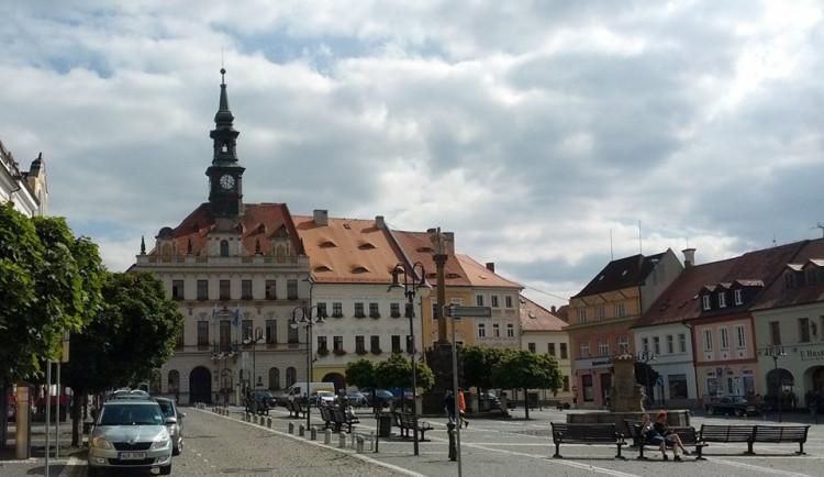Česká Lípa chce v areálu radnice zachytávat dešťovou vodu