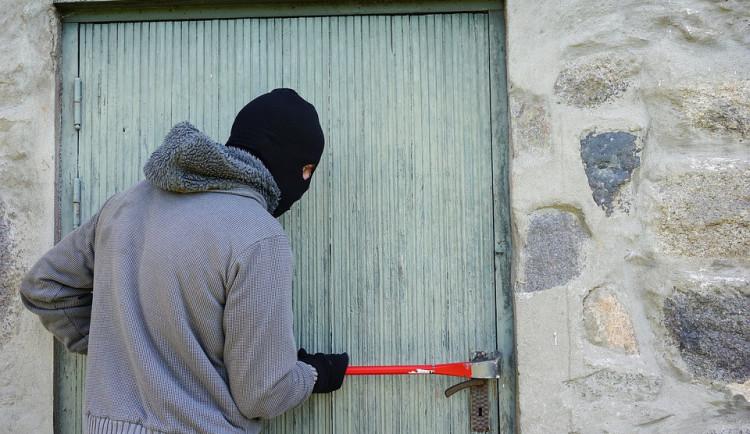 V České Lípě řeší za poslední měsíce více než 70 vloupaček, proti zlodějům se spojilo město i policie