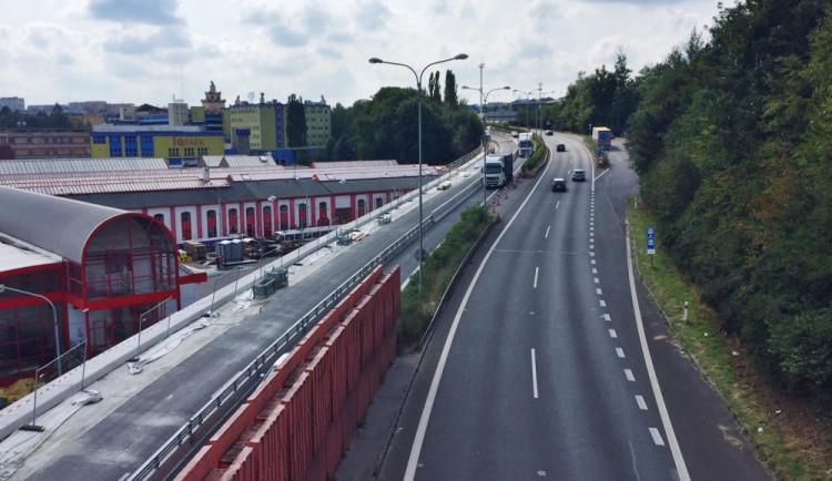 Průtah ve směru na Děčín u tunelu bude zavřený. Omezení skončí v říjnu