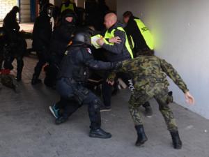 Zásah krajské pořádkové jednotky.