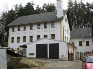 Bývalý domov důchodců v Mařenicích.