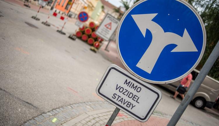 V Krkonoších se dokončují rekonstrukce silnic v zimních střediscích