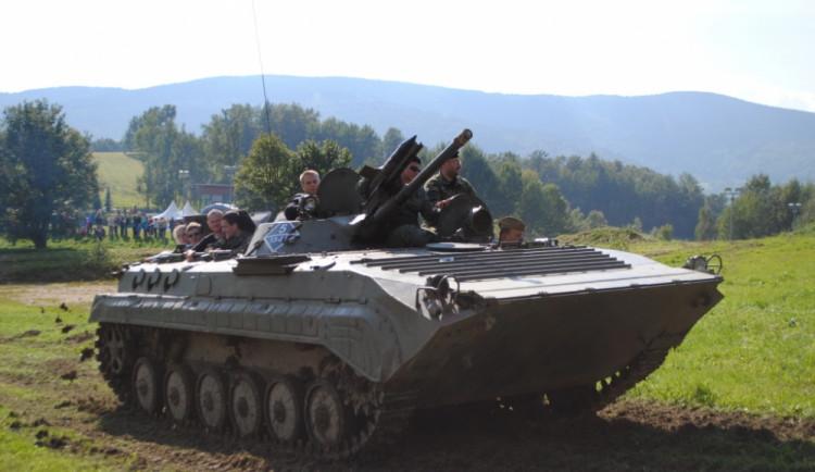 Projížďka v tanku? Proč ne
