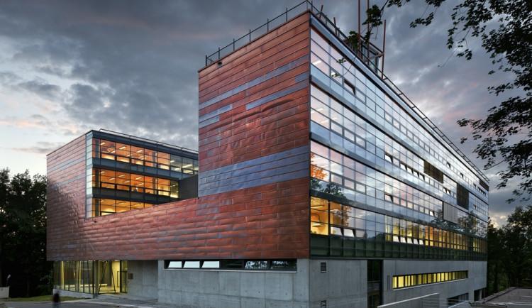 Budova L na Technické univerzitě v Liberci