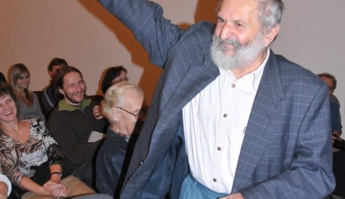 Miloslav Nevrlý obdržel pamětní medaili od muzea