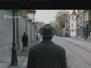 Komisař Maigret přichází vyšetřovat do Kostelní ulice