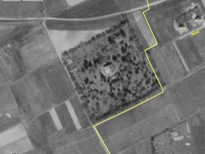 Letecký pohled z padesátých let. Zde je vidět rozlehlost zahrady. Foto: Pavel Klouček