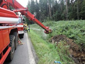 Silnici na Frýdlantsku už neblokuje převrácený kamion