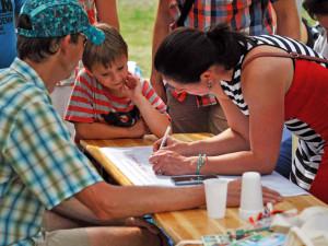 Lidé přišli na projednávání obnovy Lesního koupaliště